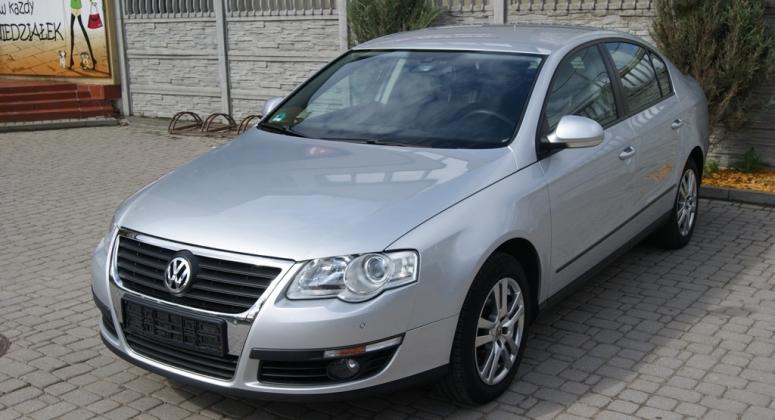 VW Passat 1.6 MPI sedan