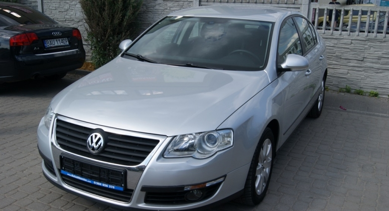 VW Passat 1.6 MPI sedan PIEKNY