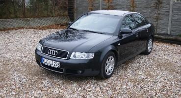 Audi A4 1,6 MPI Czarna Alufelgi Klima Parktronik Serwisowana Opłacona