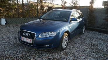 Audi A4 2.0T benzyna Xenon Parktroniki Nowy Rorząd Opłacony Gwarancja
